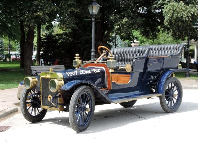 1907 Ford Six