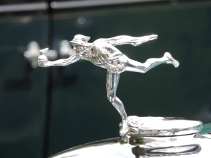 1930 Buick 64 ornament