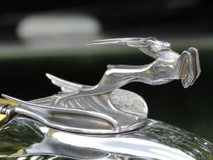 1931 Chrysler CM 6 ornament